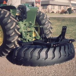 M500 Tyre Manure Scraper 3 point link